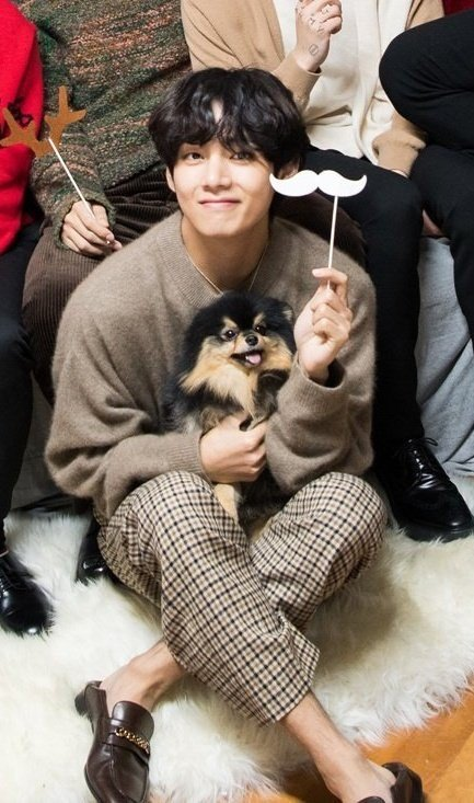 Yeontan Joins V For The Dispatch X Bts Christmas Photoshoot Of 2019 Allkpop