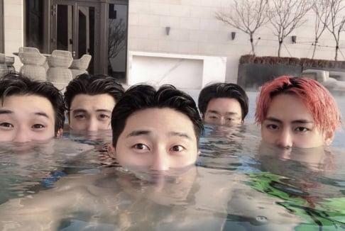 BTS, V, Choi Woo Sik, Park Seo Joon