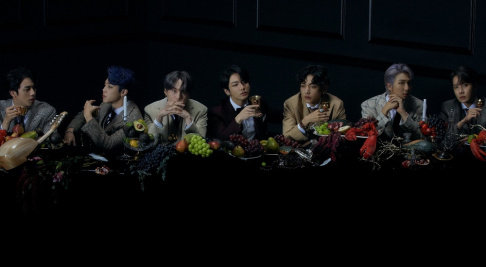 BTS, Cherry Bullet, Cignature, Dream Catcher, ELRIS, EVERGLOW, iKON, IZ*ONE, KARD, LOONA, MCND, Pentagon, Rocket Punch, The Boyz, Ravi, Weki Meki