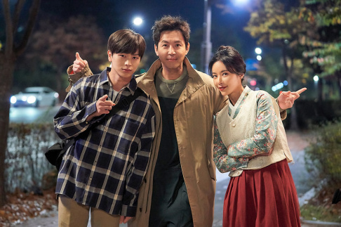 BTOB, Sungjae, Choi Won Young, Hwang Jung Eum