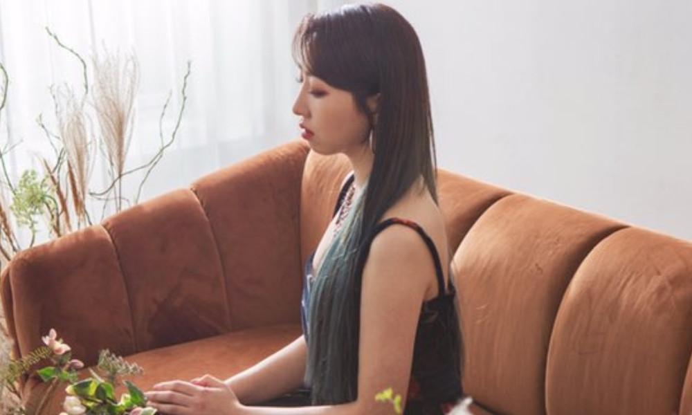 2NE1, Minzy