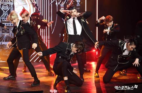 ATEEZ, Seonghwa, Yunho, Yeosang, San, Mingi, Wooyoung, Jongho, Hongjoong