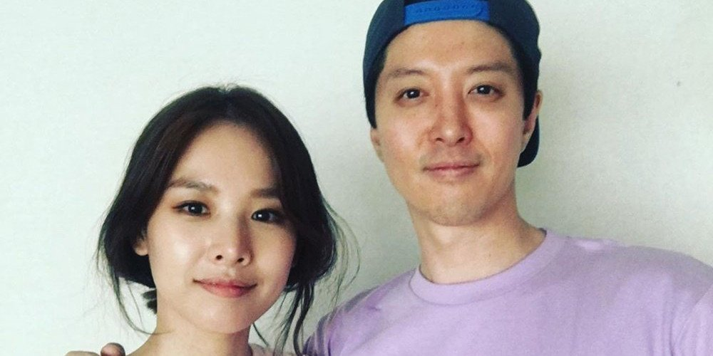 Dispatch' reports that the Lee Dong Gun & Jo Yoon Hee couple has ...