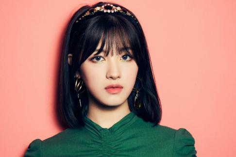 CLC, Sorn, Seunghee, Yujin, Seungyeon, Eunbin, Elkie, Yeeun, Girls