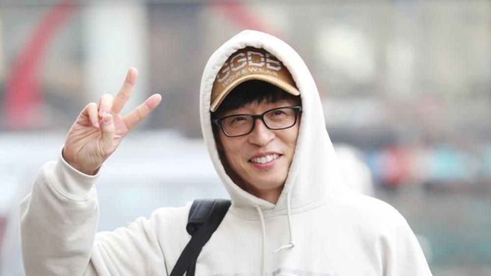 Yoo Jae Suk donates 100 million KRW (~83,827 USD) to help the flood victims in Korea