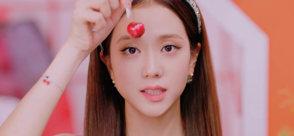 Cl Shows Some Love To Blackpink S Jisoo After The Release Of Ice Cream Allkpop