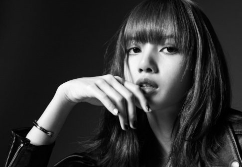 BLACKPINK, Lisa