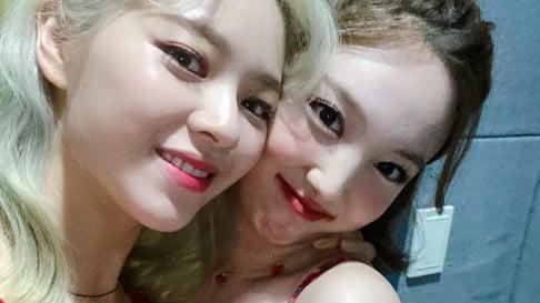 TWICE, Nayeon, Jungyeon