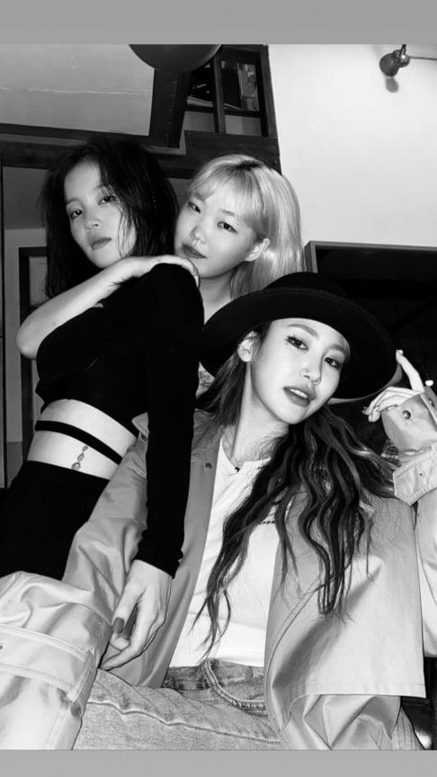 Suhyun, Lee Hi, Jamie (Park Ji Min)