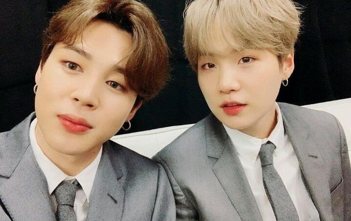 """""""Wow, 8 and 9 million viewers?"""" Netizens amazed at the huge amount of viewers watching Suga and Jimin's Vlive broadcast"""