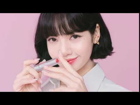 BLACKPINK's Lisa shows her sweet charms in newest 'Mac Cosmetics' CF