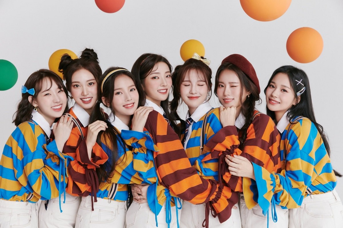 Weeekly reveal teaser poster for their upcoming 4th mini album 'Play Game:  Holiday'   allkpop